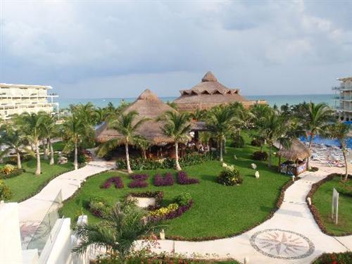 Azul Beach Hotel Discount